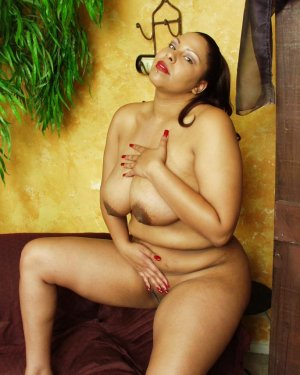 Sureyya nuru massage in Lewisville